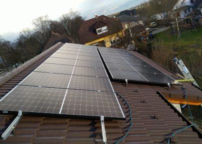 ház napelemmel
